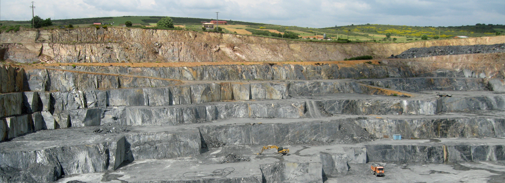 Photo of the vast Spanish slate quarries