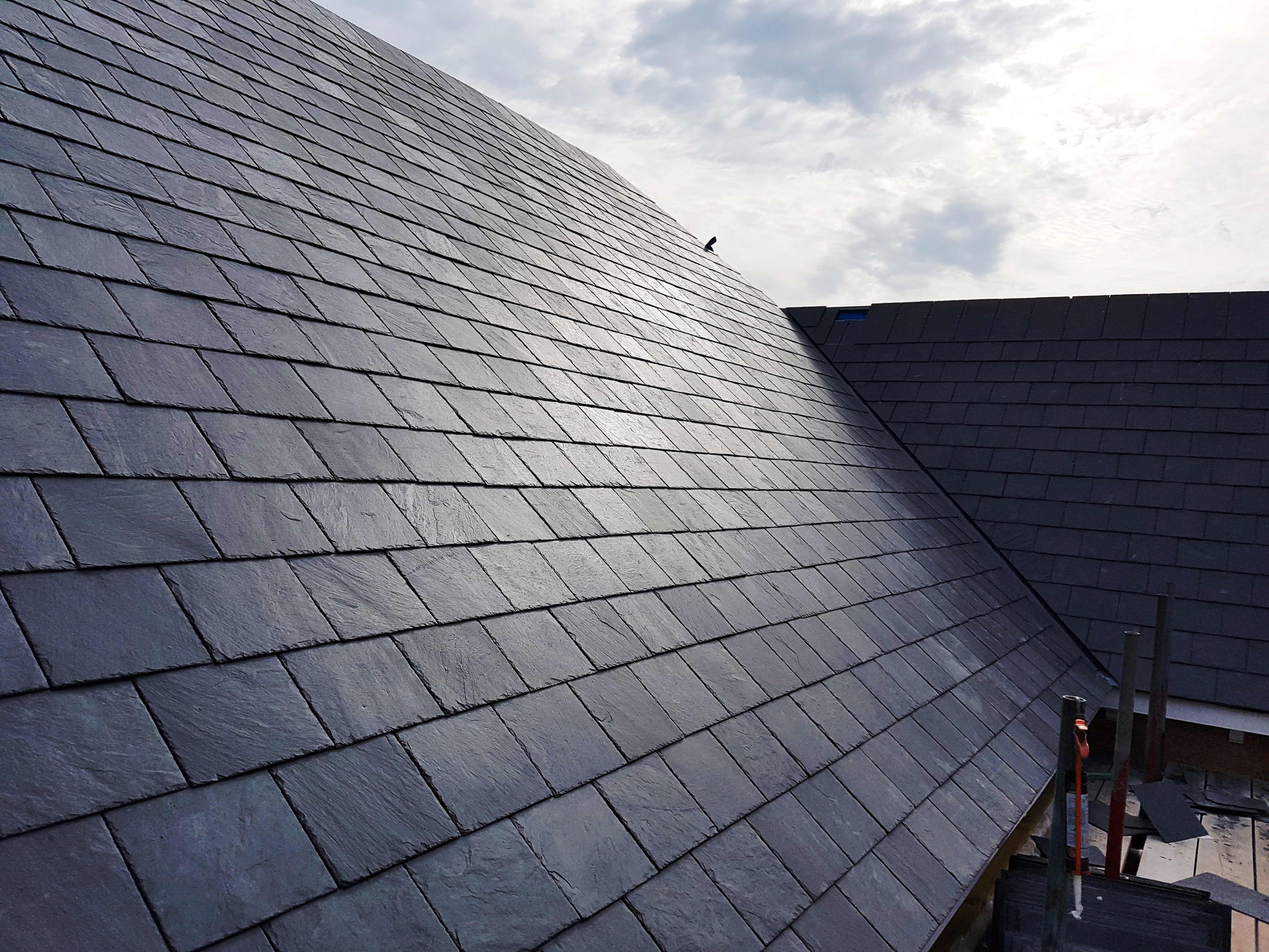 Calidad Premium 60x30 slates on the roof